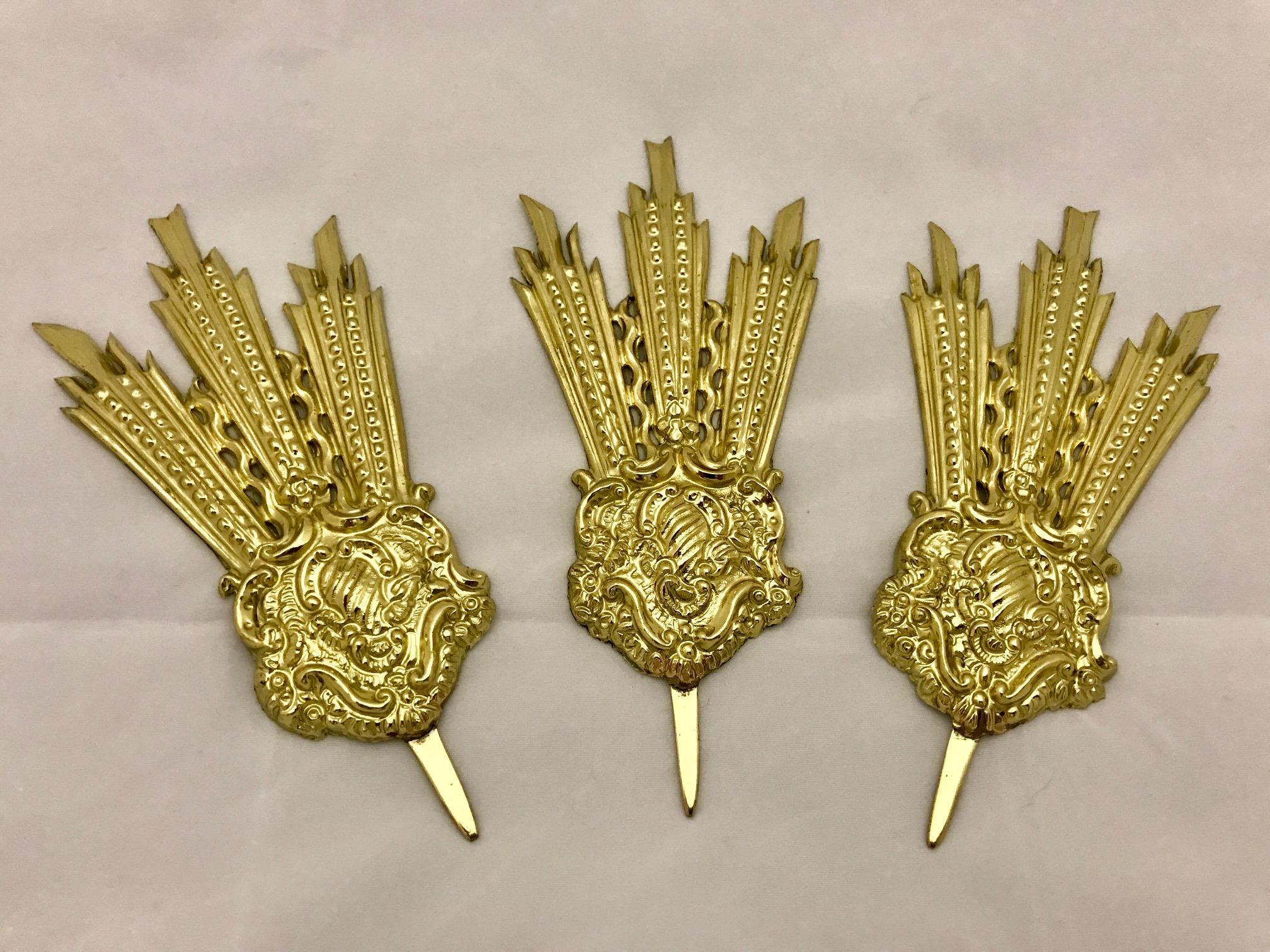 Potencias doradas (15 cms.)