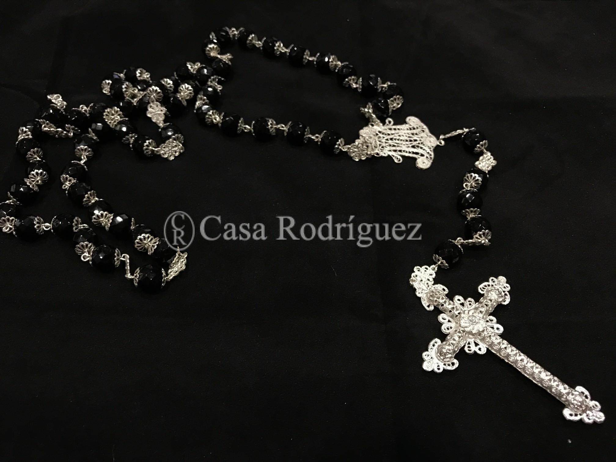 Rosario cristal negro y plata