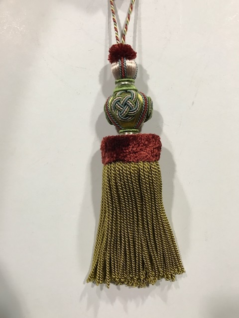 Borla de seda en amarillo y burdeos (30cms)