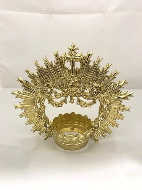Corona dorada cincelada (5,5 cms)