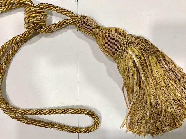 Abrazadera dorada Marsella (30cms)