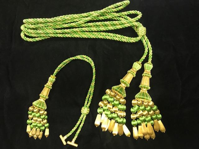 Cíngulo y fijador verde Macarena (hecho a mano)