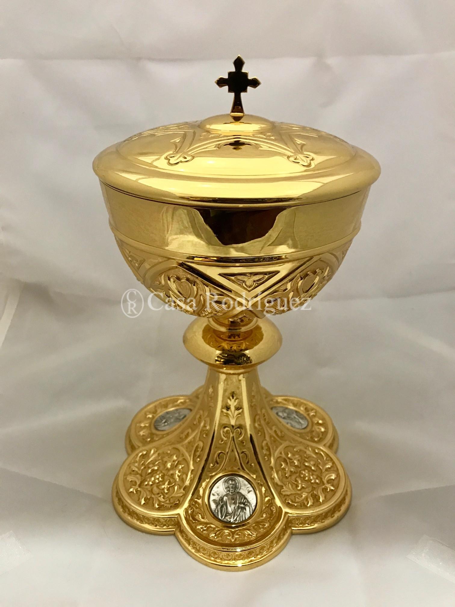 Copón dorado (23 cms.)