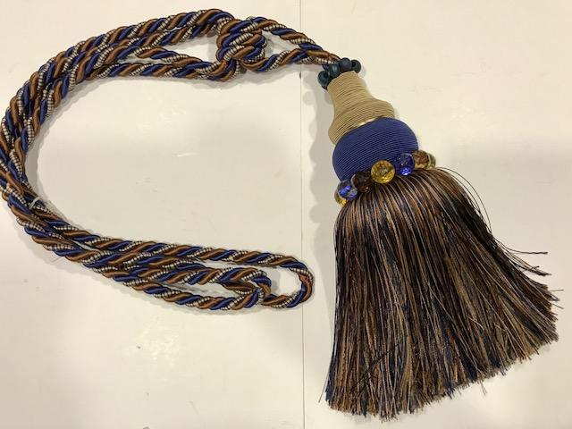 Abrazadera azul (25cms)