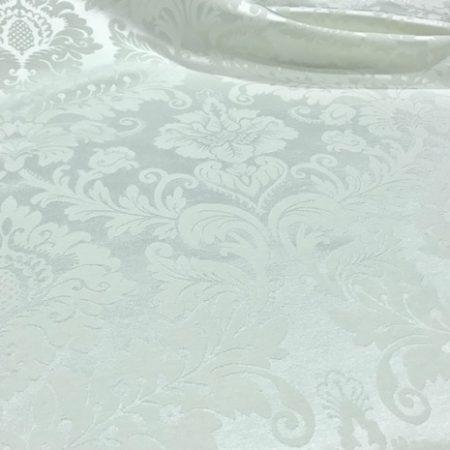 Damasco blanco flores